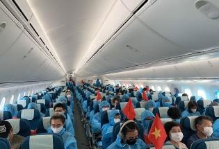 Tiếp tục đưa hơn 340 công dân Việt Nam từ Hoa Kỳ về nước