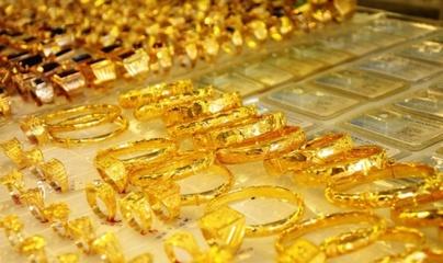 Giá vàng và ngoại tệ ngày 5/8: Vàng tăng vọt, USD vẫn suy yếu