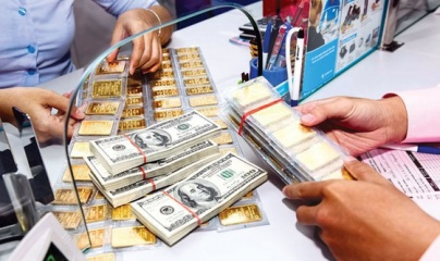 Giá vàng và ngoại tệ ngày 6/8: Vàng tiếp tục lên đỉnh cao mới, USD sụt giảm
