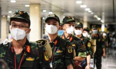 Thêm 4.000 cán bộ, học viên quân y chi viện TP HCM