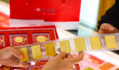 Giá vàng và ngoại tệ ngày 22/10: Vàng biến động, USD lấy lại đà tăng