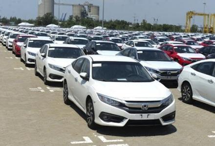 Việt Nam nhập gần 15.000 xe ô tô trong tháng 4/2021