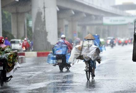 Dự báo thời tiết ngày 23/6: Bắc Bộ mưa dông, Trung Bộ vẫn nắng nóng