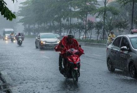 Dự báo thời tiết ngày 24/6: Bắc Bộ ngày nắng, chiều tối có mưa dông