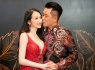 Tuấn Hưng hôn Hương Baby trên thảm đỏ